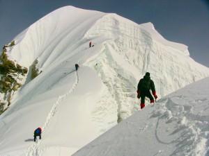 På vej mod toppen af Baruntse i Nepal i over 7000 meters højde