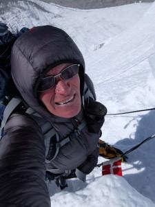 Bo på vej op i isfaldet på Cho Oyu, dette var det stejleste sted på hele ruten, forsynet med et fast reb