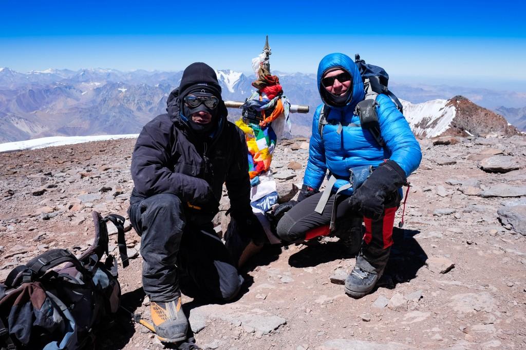 Preben Bograd og Bo Belvedere Christensen på toppen af Aconcagua